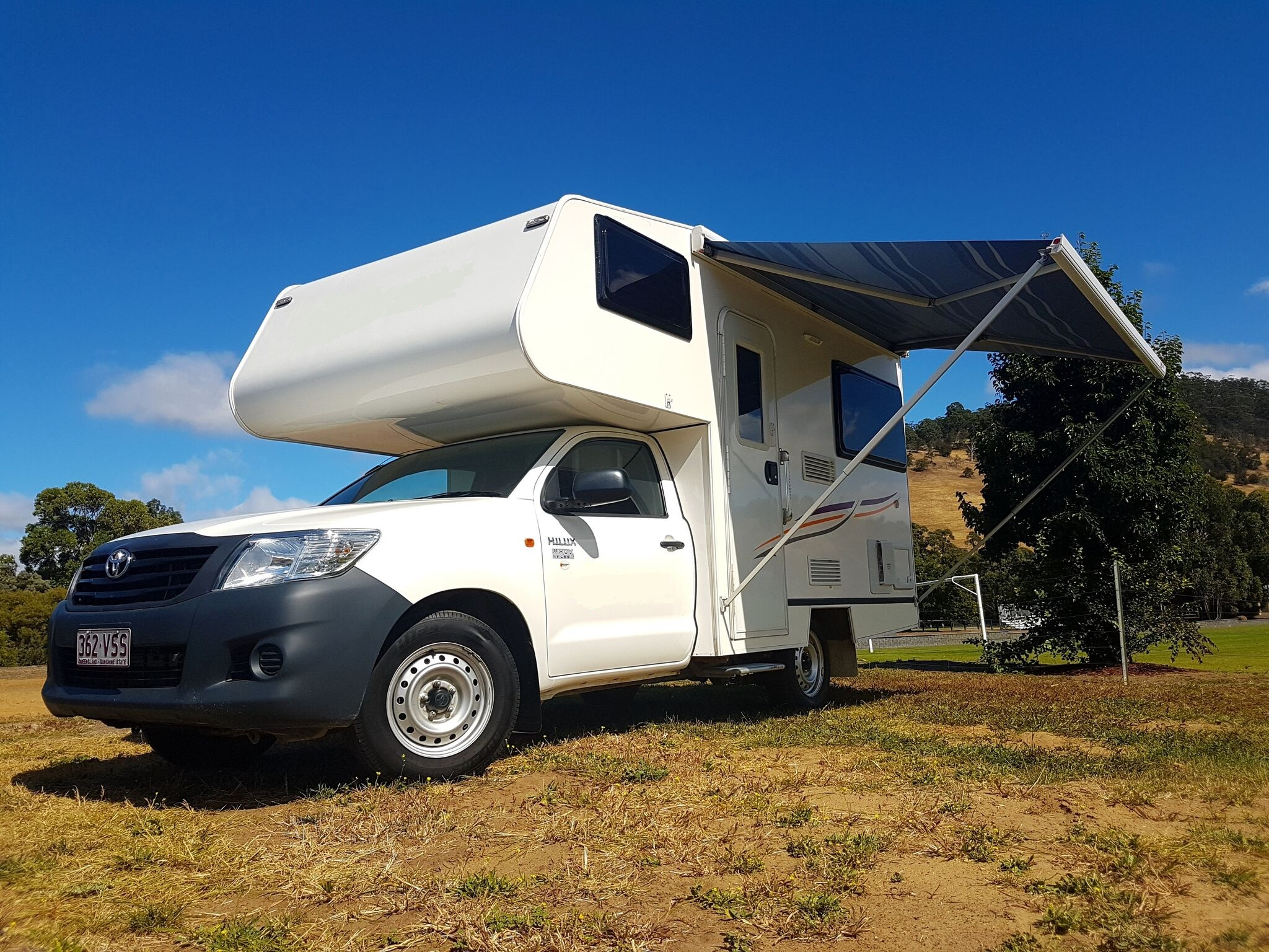 2 3 Berth Campervan With Toilet And Shower